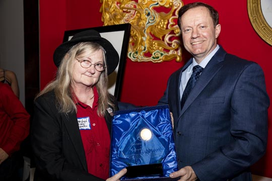 Laura-Leigh Palmer receives Chamber President's Award